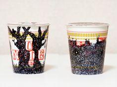 """""""Black Out 裸婦"""" 2008  """"Black Out NUDE"""" 2008  φ96mm×h105mm  cup noodle(カップヌードル),marker"""