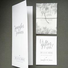 """Trycksaker till bröllop. En variant på kortet """"Vi gifter oss"""". Ett transparent omslag här med nyponrosor och ett gråvittrandigt snöre. Även Save the date-kort och omslag till festprogram. #savethedate #inbjudningskort #inbjudan #bröllopsinbjudan #festprogram #menyprogram #bröllopsinspiration Wedding 2017, My Design, Graduation, Monogram, Weddings, Future, Tips, Prints, Instagram"""