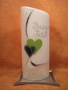 Hochzeitskerze  605  mit zwei grünen  Herzen von KerzenundGeschenke auf DaWanda.com