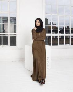 INAYAH   Honey #Abaya with Zipper + Black Georgette #Hijab
