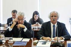 POLÉMICA - Deputado do PS pede eleições antecipadas
