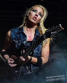 Nita Strauss by Cereal kyler Photography