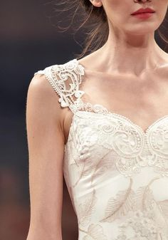 Elven princess gown- lace detail with feathers, oh my 'Alma' wedding gown - Claire Pettibone 'An Earthly Paradise' Collection 2013 FASHION SHOW - Photography by Collective Edit Claire Pettibone, Bridal Dresses, Wedding Gowns, Harry Wedding, Wedding Rings, Bohemian Wedding Inspiration, High Fashion Dresses, Fashion Designer, Bridal Boutique