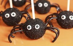 Love these spidey cake pops!
