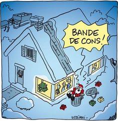 Dessin drôle d'un Père Noël qui est tombé du toit d'une maison et qui insulte les habitants
