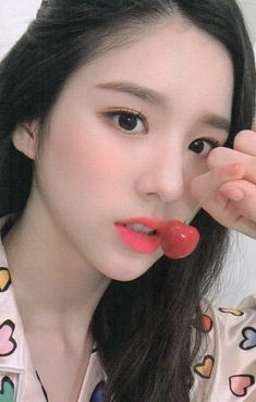to all LOOΠΔs around the world <br> Kpop Girl Groups, Korean Girl Groups, Kpop Girls, Sooyoung, Extended Play, My Girl, Cool Girl, Eye Circles, Olivia Hye