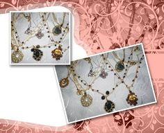 Correntes em crochê com fio metalizado ouro ou prata; modelos variados; pedras naturais ou plásticas (boa qualidade).
