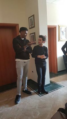 Gian is short but his friend is too tall.-Gian is My King-