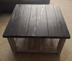 Refinishing a Coffee Table with Chalk Paint. Easy DIY project in less than a couple of hours.