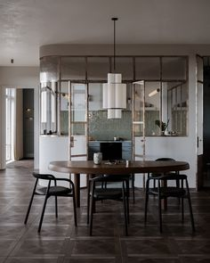Beautiful interiors that combine an old warsaw mood with contemporary style. Featuring retro style furniture designs, rustic wood accent pieces and light decor. Küchen Design, Home Design, Layout Design, Nordic Design, Design Ideas, Decoration Inspiration, Interior Inspiration, Decor Ideas, Marble Fireplace Surround