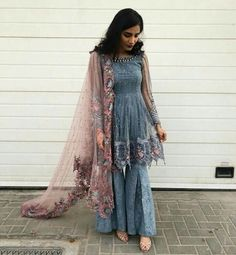 Dress Cute Elegant Colour 53 Ideas For 2019 Shadi Dresses, Pakistani Dresses Casual, Indian Fashion Dresses, Pakistani Bridal Dresses, Dress Indian Style, Pakistani Dress Design, Indian Outfits, Patiala, Salwar Kameez