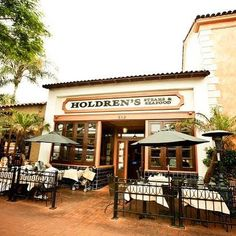 Need a place to eat during your stay in Santa Barbara? Holdren's Steaks & Seafood (@holdrens_sb) serves delicious food for lunch and dinner. Plus, it's a short walk down State Street from the hotel. They have a lovely heated patio too -- great for enjoying these east coast style evenings we're having lately! (Photo via @holdrens_sb) #HotelSantaBarbara #SantaBarbara #California #Hotel #Yummy
