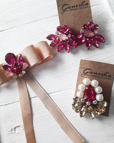 Que me dicen de estos accesorios con colores tan vibrantes ??💣 • Bowtie beige con aplique fucsia• Aros abanicos fucsia con centro rosa• Prendedor fucsia con perlas y gemas doradas...#accesorios #accesories #handmade #loveit #hechoconamor #aros #earrings #party #partylook #tendencia #ootd #lookoftheday #bijou #bowtie #moño #pin #prendedores #gemas