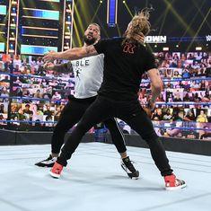 Roman Reigns Wrestling, Wwe Roman Reigns, Wwe Raw And Smackdown, Roman Regins, Daniel Bryan, Superstar, Times Square, Champion, Tv Shows