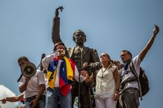 Venezuela Opposition Agrees to Talks as Unrest Rocks Caracas ...