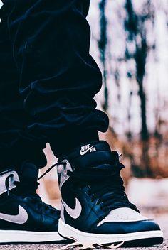"""Air Jordan 1 """"Shadow"""" @babizay"""