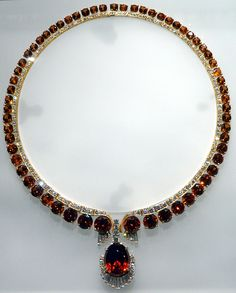 """Orange Spessartine Garnet Necklace from Ramona, California. (Royal Museum of Ontario exhibit """"Light & Stone"""" from the collection Michael Scott the first CEO of Apple, Inc.)"""