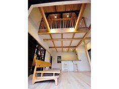 『リビングを家の中で一番快適な空間にしたい』と考えたレイコさん。こだわったのは、使う素材と空間設計でした。 京山々,桧,無垢板,珪藻土,和紙クロス,土間,京町家,格子戸,吹き抜け