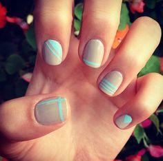 Nude-nail-art-ideas-turquoise-stripes