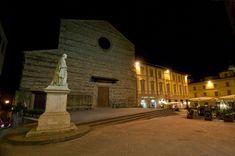 La bellissima basilica di San Francesco ad #Arezzo di notte - #Toscana #Tuscany #Italy