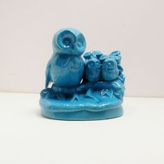 Definitely going to do this to one of my dozens of owl figurines - Blue!