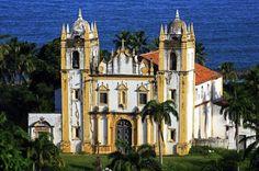 A igreja do Carmo está situada no Centro Histórico de Olinda, considerado Patrimônio Cultural da Humanidade pela Unesco desde 1982