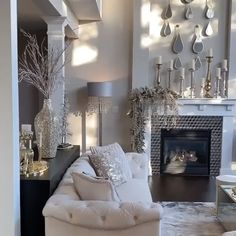 Home Decoration Flowers .Home Decoration Flowers Fancy Living Rooms, Glam Living Room, Living Room Decor Cozy, Elegant Living Room, Living Room Interior, Silver Living Room, Living Room Seating Ideas Without Sofa, Modern Living, Elegant Home Decor