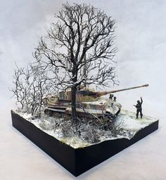 """""""The King is dead-Ardennes December scale diorama by Terence Young Military Figures, Military Diorama, Plastic Model Kits, Plastic Models, Tank Armor, War Thunder, Model Tanks, Ardennes, Military Modelling"""