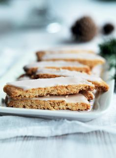 Bake for Christmas: 7 classic recipes for cookies - Page 2 - Boligliv Danish Cuisine, Danish Food, Christmas Dishes, Christmas Baking, Merry Christmas, Danish Cookies, Scandinavian Food, Eat Smart, Mest Populære