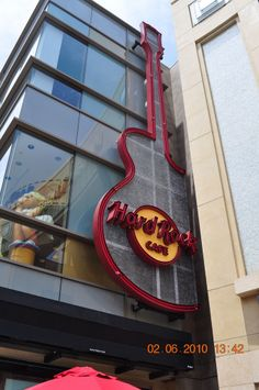 Hard Rock Cafe  6801 Hollywood Blvd  Los Angeles, CA 90028 (323) 464-7625