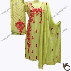 A decent and beautiful combination of tow colors (green & red). Make your look adorable and your collection unique. Thread Work, Silk Thread, Beautiful Dress Designs, Beautiful Dresses, Salwar Kameez, Kurti, Embroidery Neck Designs, Red Silk, Green Shirt