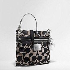 black coach purse i like this one too