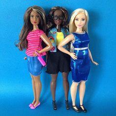 Curvy Power!!! La nueva y sus dos #outfit ... #barbie #barbiestyle #barbiedoll #barbiecollector #barbiefashionistas #barbiefashionista #muñecabarbie #curvybarbie #tallbarbie #petitebarbie  #dollcollector #barbiephoto #madetomovebarbie #dollstagram #dollsgram #instadoll #barbiegram #barbiefashionistas2015 #barbiefashionistas2016  #barbiephotography #thedollevolves #barbielover #barbiemattel #barbiegirl #ilovebarbie #barbieandfriends