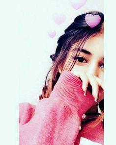 dpz for girls Cute Girl Poses, Cute Girl Photo, Girl Photo Poses, Picture Poses, Girl Photos, Girl Pictures, Portrait Photography Poses, Photography Poses Women, Cute Selfie Ideas
