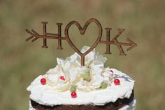 RUSTIC INITIALS ARROW CAKE TOPPER | Wedding Cake Topper | RUSTIC COUNTRY CHIC…
