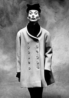 Lisa Fonssagrives in Balenciaga. Photographed by Irving Penn for Vogue, 1950.