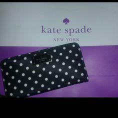 NWT KATE SPADE ZIP WALLET Super cute NWT bought from the Kate Spade store kate spade Bags Wallets