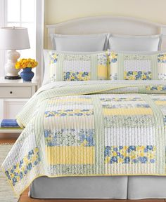 Martha Stewart Collection Blue & Yellow Patchwork Posey Twin Quilt