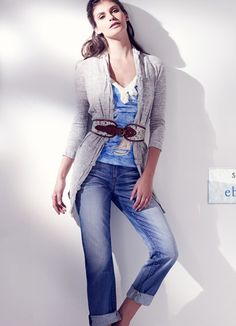Blue and Grey Outfit: Love how relaxed this outfit is