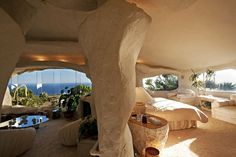 Flintstones House in real life - never liked that show but I would if they were here!