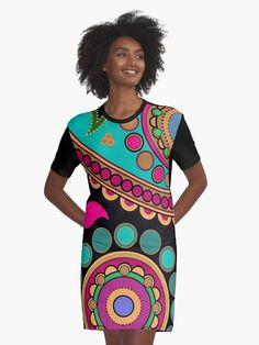 'psychedelic kaleidoscope bright mandala art' Graphic T-Shirt Dress by barabolka Mandala T Shirt, Hawaiian Designs, Pineapple Pattern, Shades Of Yellow, Madame, Chiffon Tops, Cover, Designer Dresses, Designer Clothing