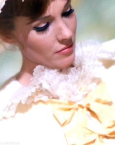 Julie Andrews in 'Darling Lili' (1970).