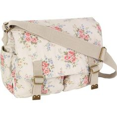 This vintage style Pinny Flowers print, teamed with a practical design makes our saddle bag the perfect choice for a relaxed way to carry your essentials. With an abundance of pockets, you'll find plenty of space for all your daily bits and bobs. Made from lightweight cotton with an adjustable strap, this handy bag is comfy and stylish worn across the body or over your shoulder.