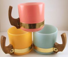 Vintage Siesta Ware retro frosted glass coffee mugs wooden handles - Mugs