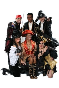 Veja mais informações de Fantasia Piratas Luxo