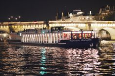 New Year's Eve Seine River Cruise with 4-Course Dinner, Wine and Entertainment, Paris, France