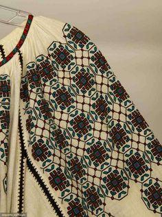 Romanian blouse late 19th C