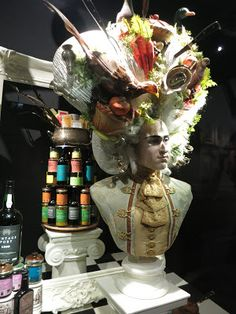 "FORTNUM & MASON,London, UK, ""Tea Merchants and Grocers since 1707"", pinned by Ton van der Veer"