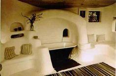 Cob house bathroom. Looks like Star Wars