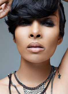 Chic Short Haircuts for Black Women pixie Short Black Hairstyles, Pixie Hairstyles, Short Hair Cuts, Short Hair Styles, Pixie Haircut, Chic Haircut, Pixie Styles, Shaved Hairstyles, Pixie Cuts